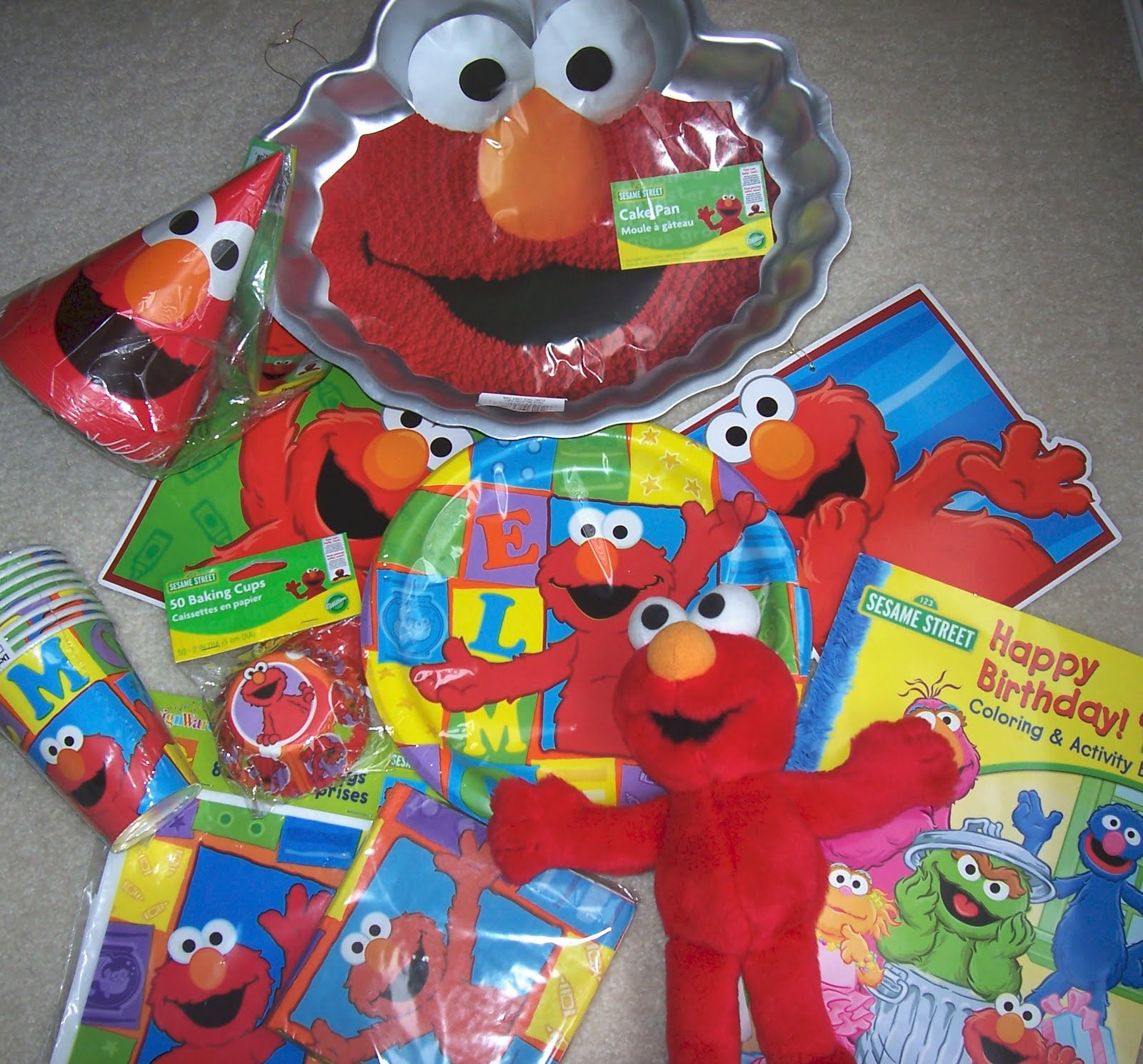 2 Year Old Birthday Party Planning Elmos World Mommy Lori